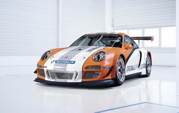 Женева 2010 Porsche 911 GT3 R Hybrid