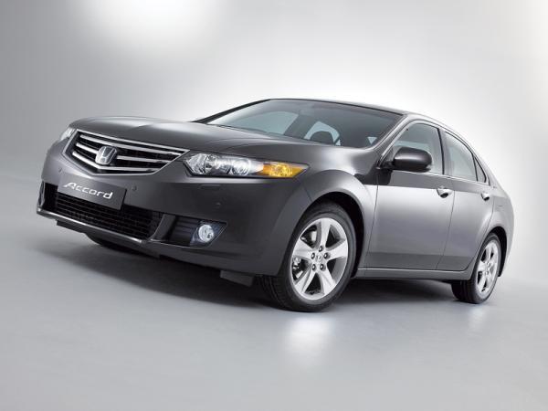 Honda Accord: восьмое поколение