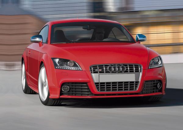 "Audi TT: ""заряженный"" родстер"