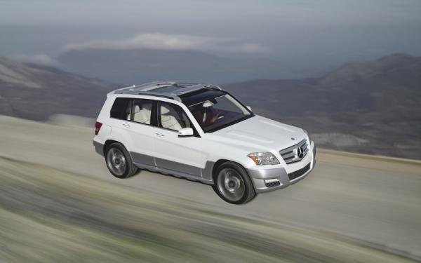 Mercedes-Benz GL: компактный вседорожник