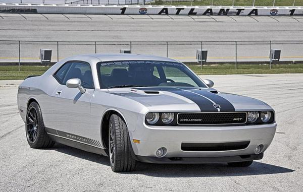 Dodge Challenger SF600R: 600 американских лошадей
