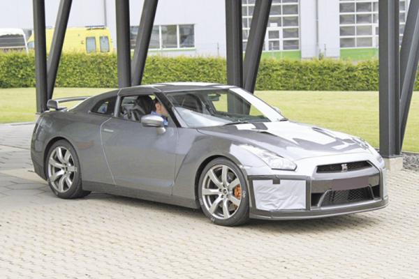 Nissan GT-R Обновление