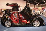 """Volkswagen Jetta VR6 Supercharged с 305-сильным двигателем. Передние двери гильотинного типа. Задние – """"крыло чайки"""""""