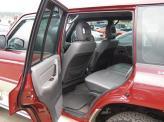 На дорогих версиях комфорт задних пассажиров, кроме всего прочего, обеспечивает еще и автономный отопитель
