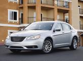 Хромированная радиаторная решетка – новая черта современных Chrysler
