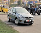 Ford Focus: городской седан…