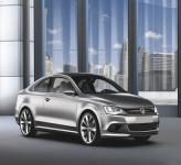 Volkswagen Passat покажут на Парижском автосалоне