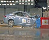 Краш-тест: Jaguar XF