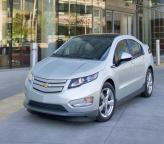 Chevrolet Volt поступил в автосалоны