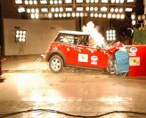 Краш-тест: MINI Cooper