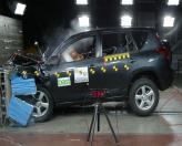 Краш-тест: Toyota RAV4