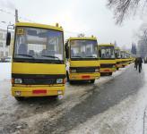 Правительство закупит 244 школьных автобуса