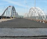 Дарницкий железнодорожно-автомобильный мост дал трещину