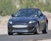 Jaguar работает над компактным XE