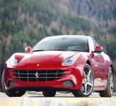 Ferrari FF: нетипичный жеребец из Маранелло