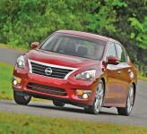 Nissan Altima: возмужавший