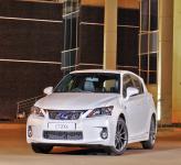 Lexus CT200h, Mercedes-Benz A-Class и Volvo V40: компактный премиум-класс
