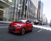 Первые фото Mazda 2
