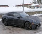 Porsche Panamera замечен без камуфляжа