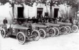 Франция считается не только законодательницей автоспорта, но и пионером в организации дальних автомобильных экспедиций