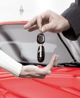 Продажи легковых автомобилей продемонстрировали спад в июне