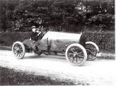 Симбиоз бельгийских фирм Springuel и Imperia производил одноименные автомобили Springuel-Imperia