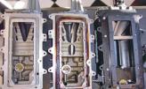 В компрессорах Lysholm использованы спиральные роторы, контактирующие при вращении
