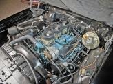 С помощью трех двухкамерных карбюраторов мощность 6,4-литрового мотора подняли до 348 л. с.