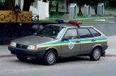В раскраске автомобилей Госавтоинспекции теперь в обязательном порядке присутствуют две сине-желтые полосы по бокам и герб этого силового ведомства