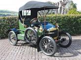 Повзрослев и полностью влюбившись в музыку двигателя внутреннего сгорания, Уолтер приобретает и свой первый автомобиль марки Sizaire-Naudin