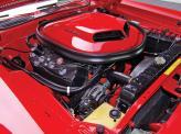 Флагманский вариант оснастили 7,0-литровым 425-сильным V8 Hemi