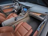Во всех CTS передние сиденья оснащены подогревом и электроприводом с памятью на настройки