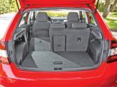 Объем багажника можно увеличить с 415 до 1380 л