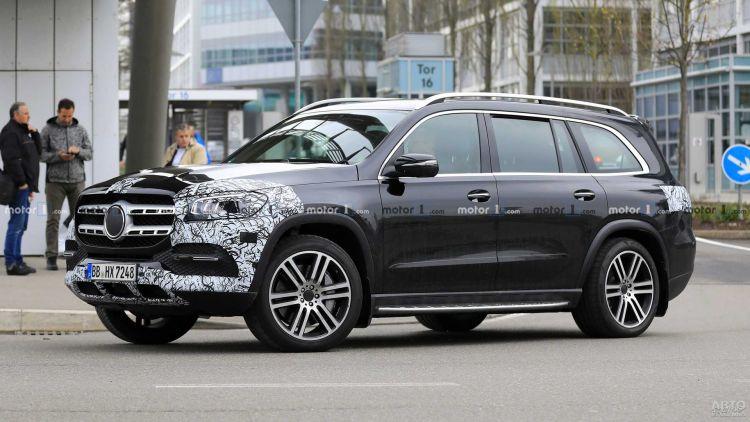 Новый Mercedes-Benz GLS рассекретили перед премьерой