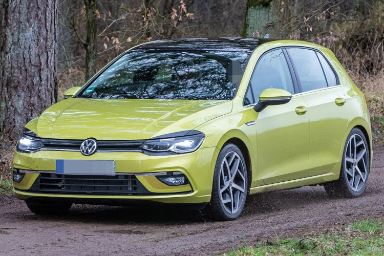 Новый Volkswagen Golf VIII появится в феврале