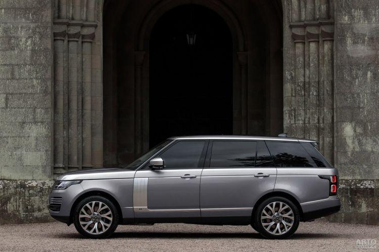 Range Rover получил новую гибридную версию