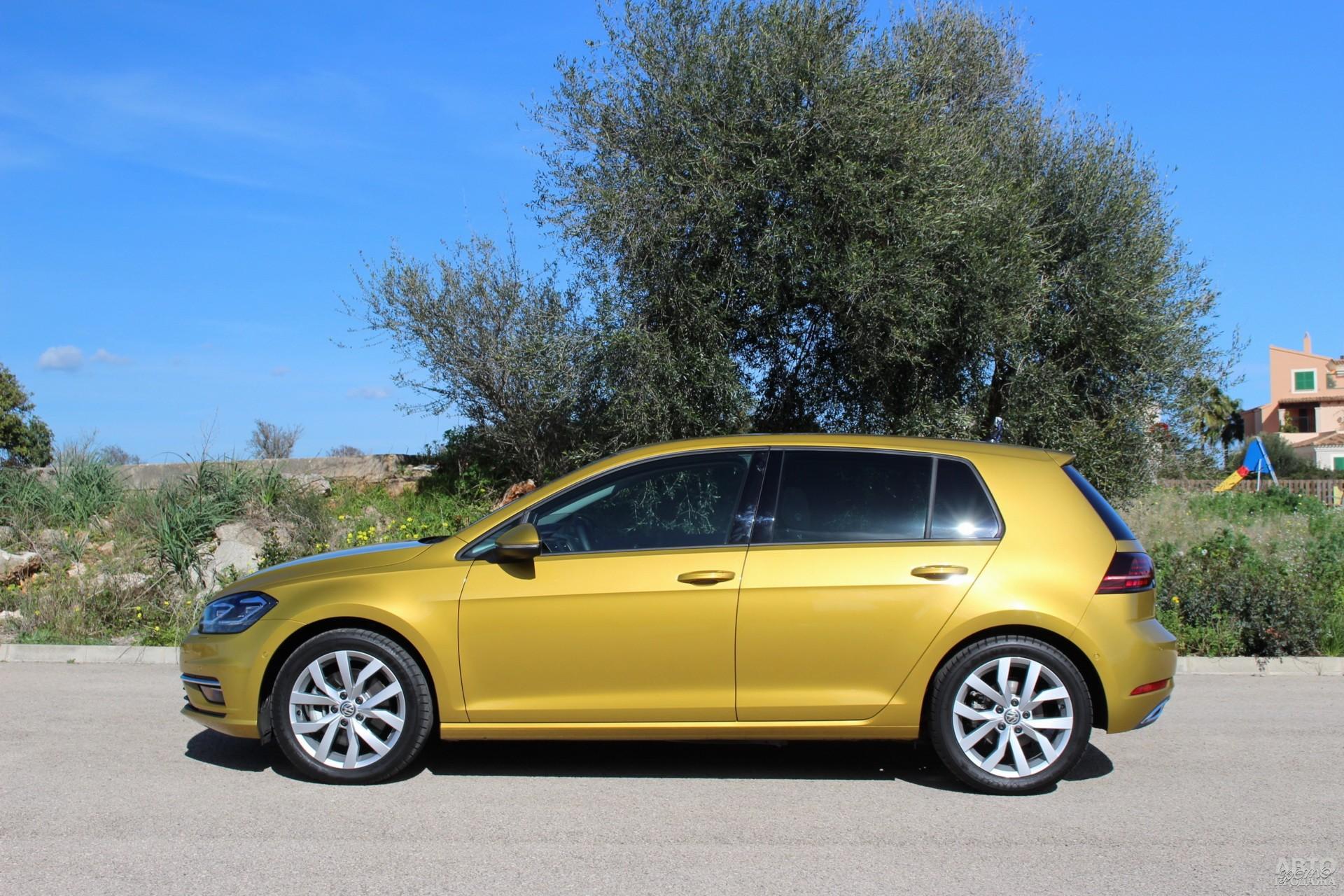 Volkswagen компактнее соперников – 4255 мм в длину