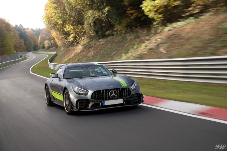 Mercedes-AMG GT R Pro: трековый экстремал