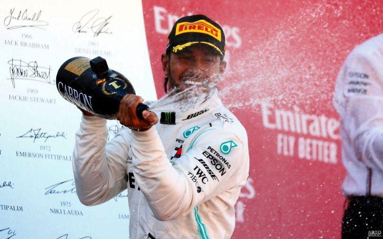 Формула-1: Хэмилтон побеждает в Гран-при Испании