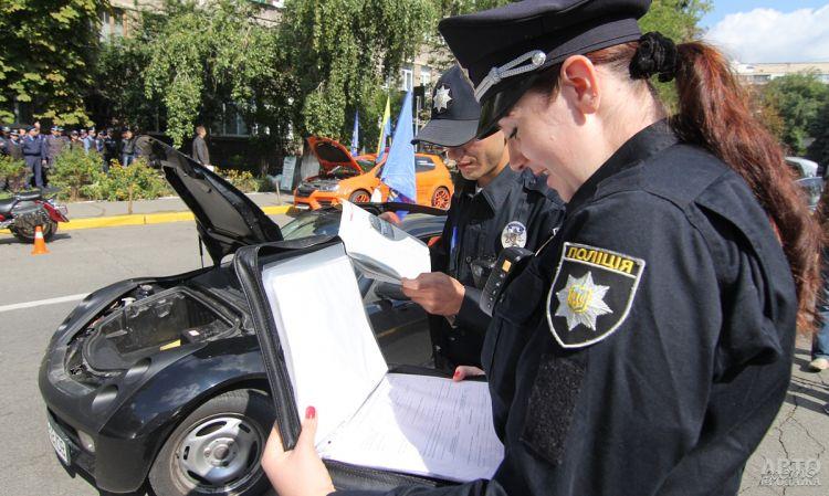 Верховная Рада продлила переходной период для авто на еврономерах