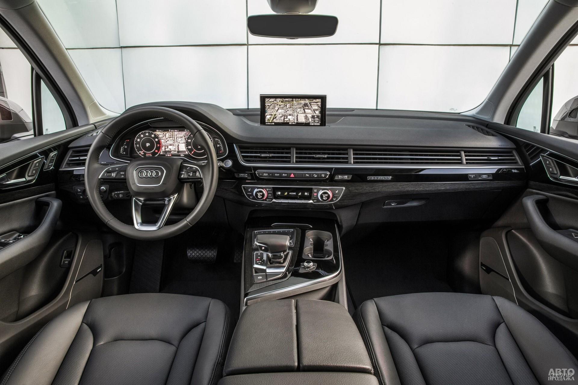 Показания приборов Audi выведены на дисплей