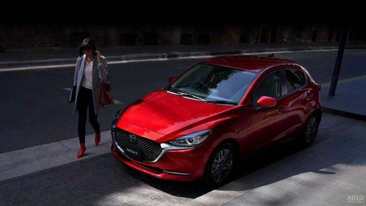 Mazda 2 прошел обновление