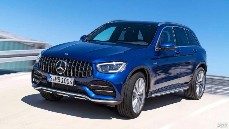 Mercedes-Benz GLC получил новую заряженную версию