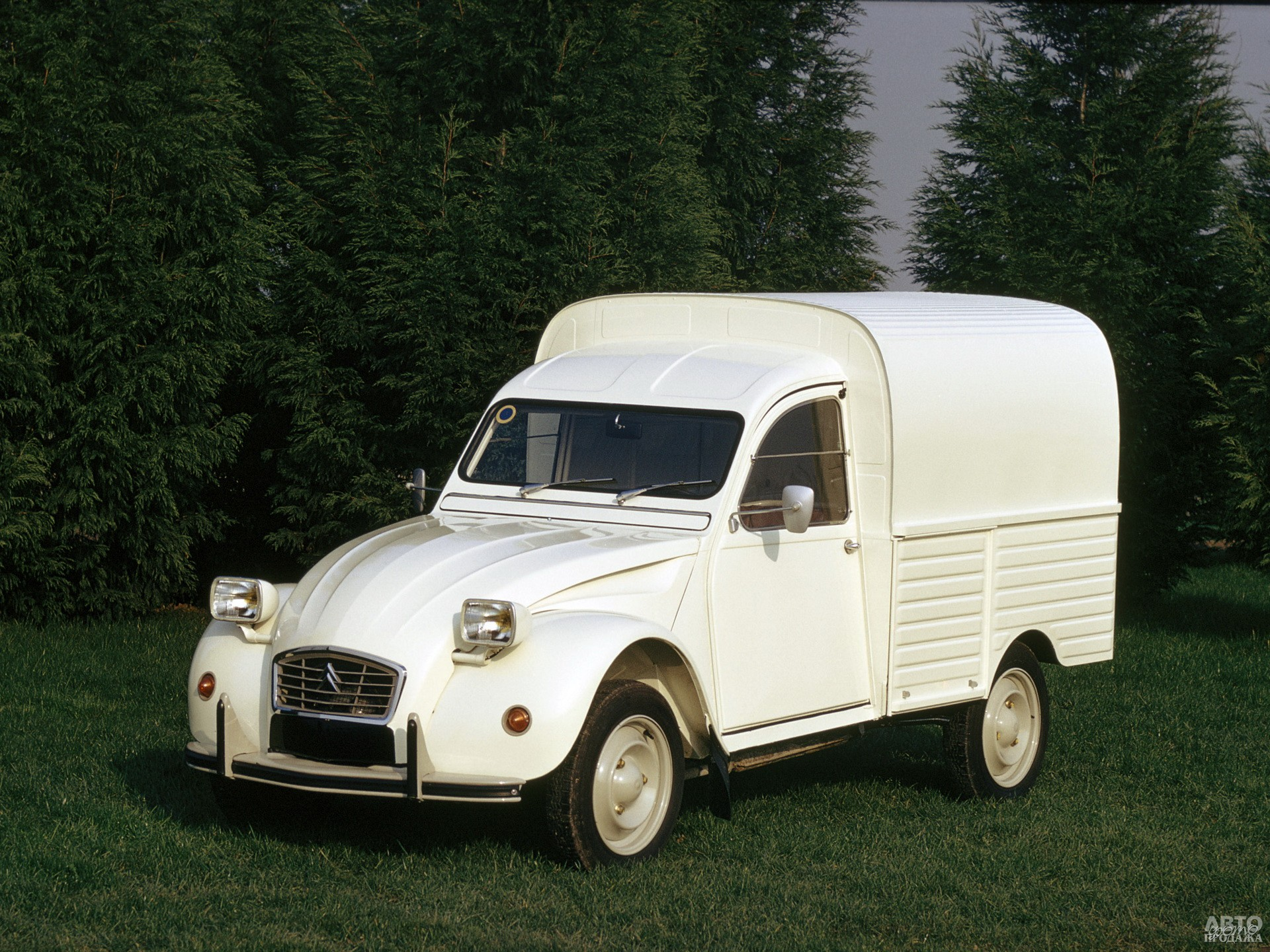 Фургон 2CV 1975 года