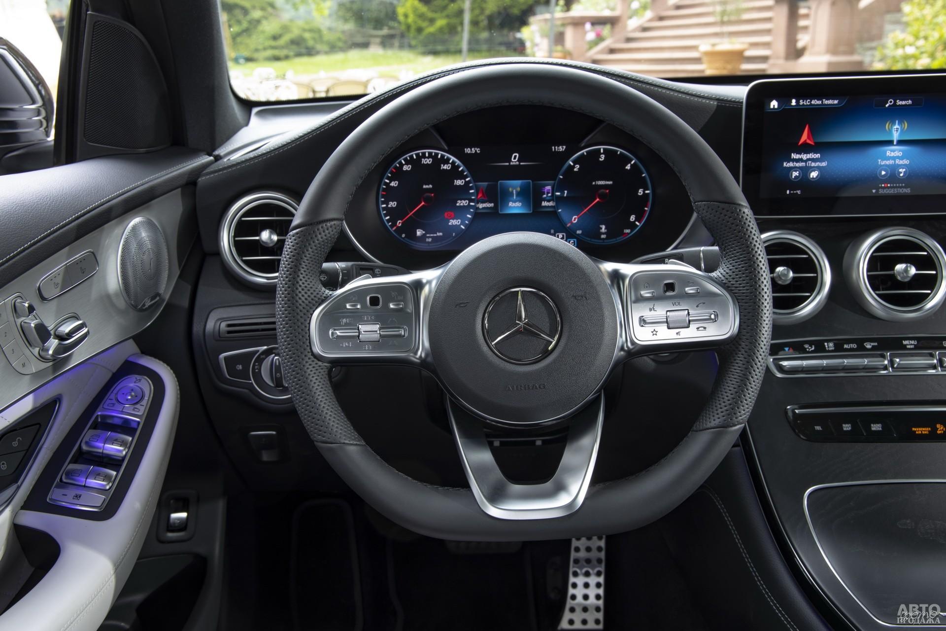 Mercedes-Benz получил цифровую панель приборов