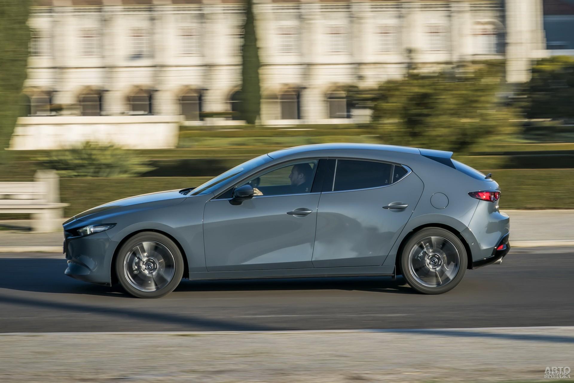 Mazda тяжелее соперников – 1395 кг