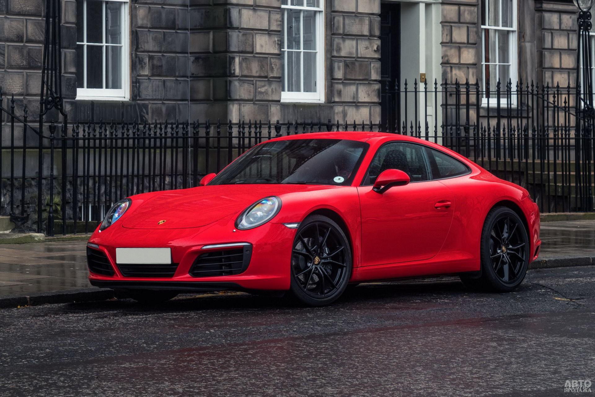 С 2016 года Porsche 911 Carrera оснащают турбонаддувом