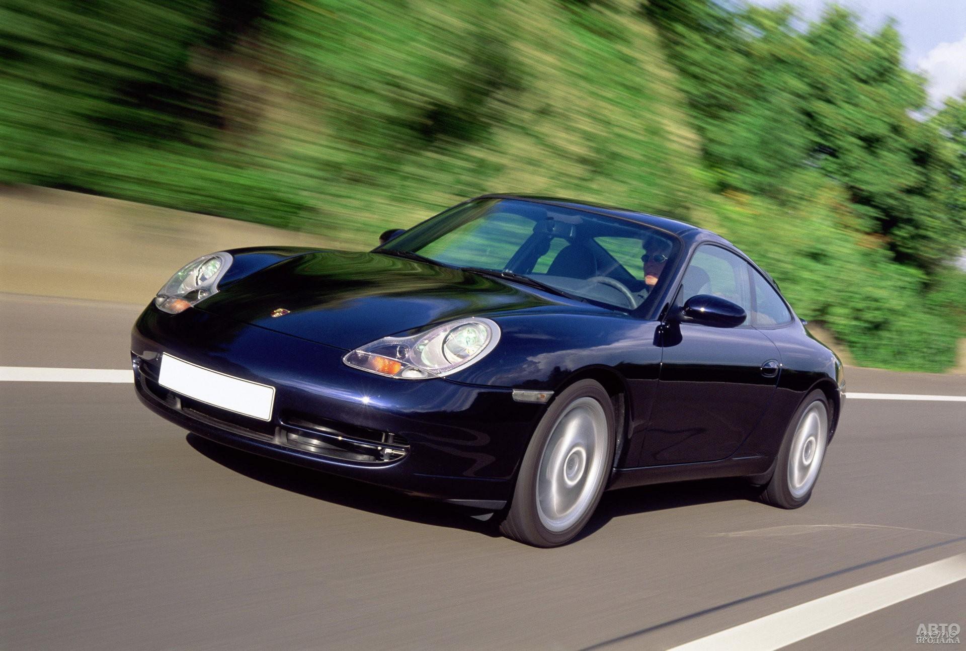 Porsche 911 1997 года получил двигатель с жидкостным охлаждением
