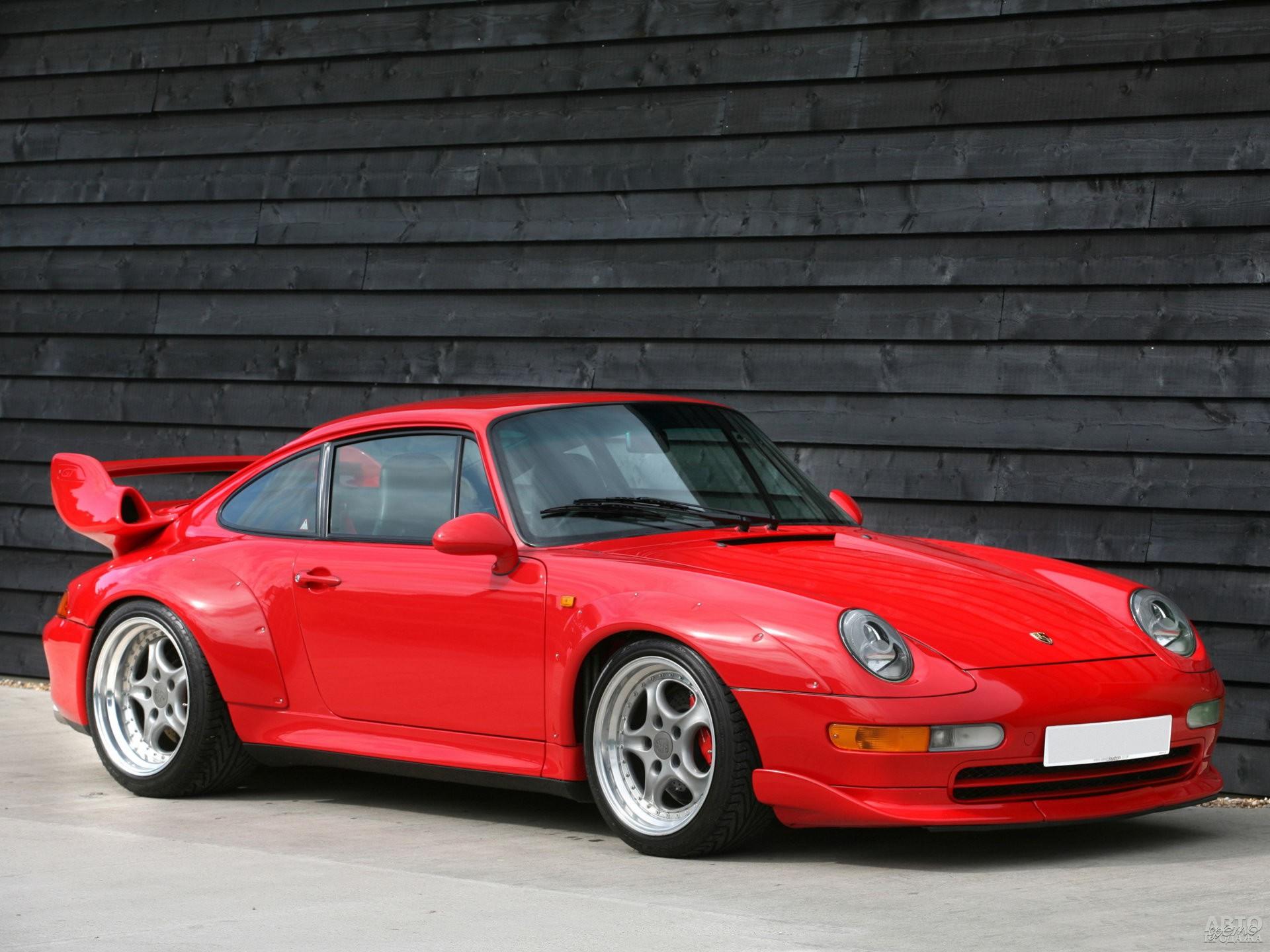 Porsche 911 GT2 1995 года – гоночный автомобиль для дорог общего пользования