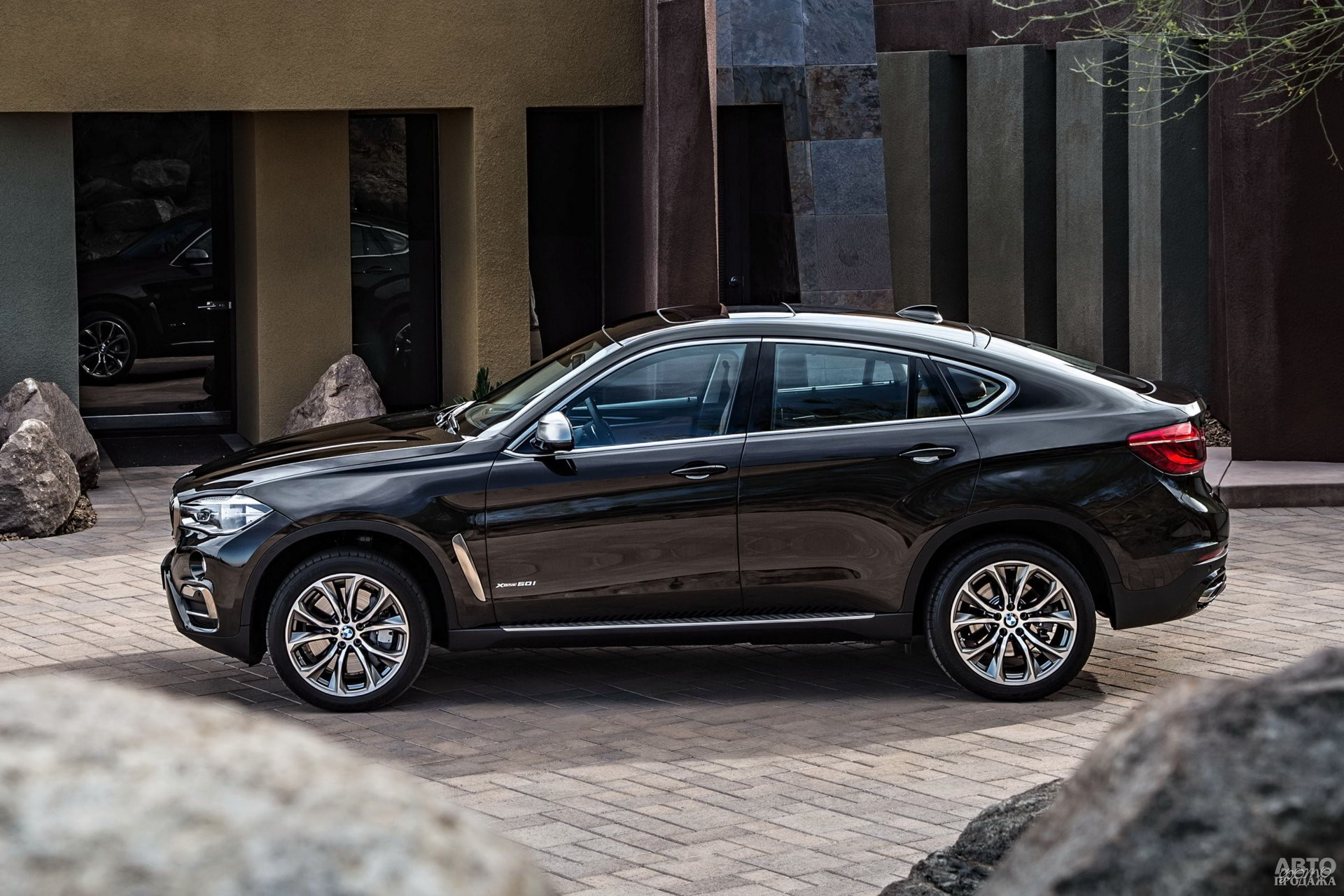 BMW самый тяжелый в тройке – 2100 кг